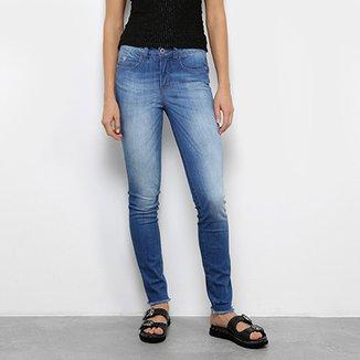 014e51cbd Calça Jeans Skinny Colcci Estonada Cintura Média Feminina