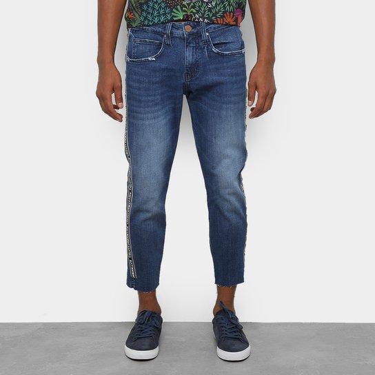 400b38b57 Calça Jeans Slim Colcci John Cropped Estonada Masculina - Azul ...