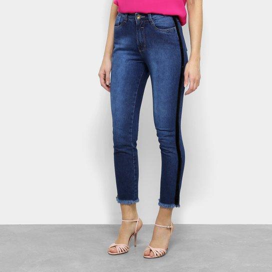 974db96eb Calça Jeans Skinny Coffee Cropped Barra Desfiada Cintura Alta Feminina -  Azul