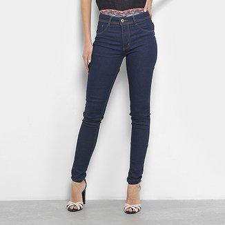 4aa2f3a49 Calças Jeans Skinny Biotipo Lavagem Escura Cintura Média Feminina
