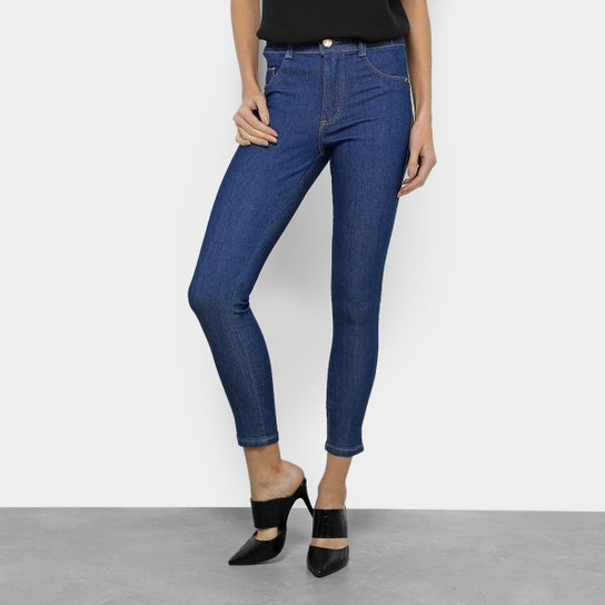 6182bb543 Calça Jeans Cigarrete Biotipo Básica Cintura Alta Feminina - Azul ...