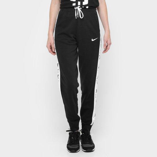 1770d10fd2eca Calça Nike Club Pant-Jogger Graphic1 - Compre Agora
