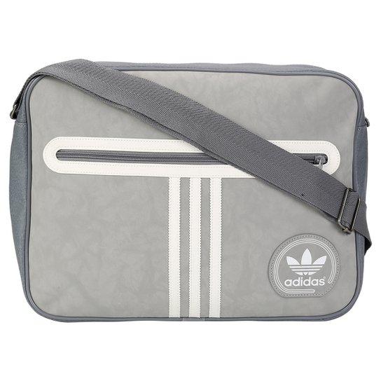 de108e8e2 Bolsa Adidas Originals Airliner Suede Adicolor - Cinza+Branco