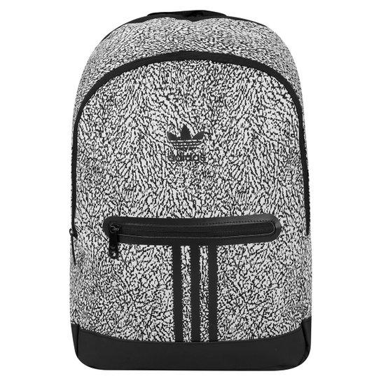 ee24b1879 Mochila Adidas Originals Essential Knit Graphic - Preto+Branco