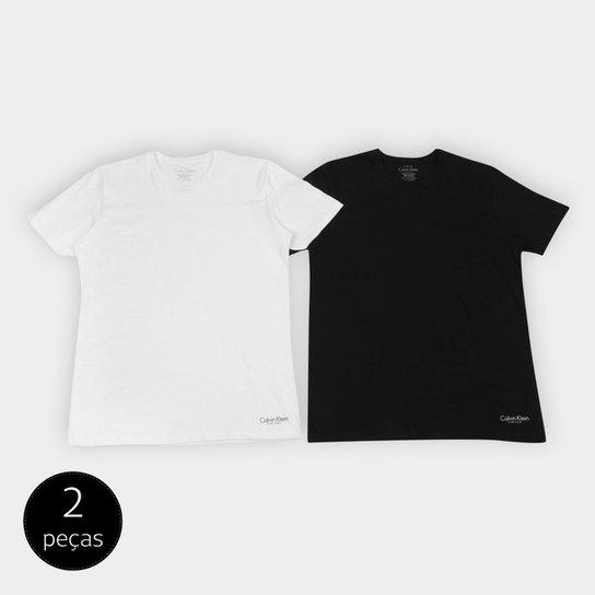 9da97185465b5 Kit de 2 Camisetas Calvin Klein Básicas Masculina - Preto e Branco ...