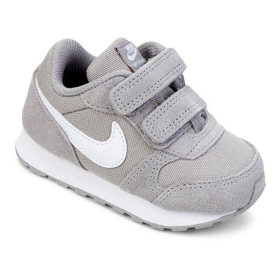 4b369e7a54334 Tênis Infantil Nike MD Runner 2 PE Velcro TDV - Cinza e Branco ...