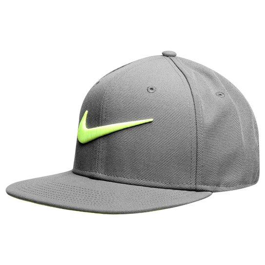 e541d4fbe1db0 Boné Nike Aba Reta QT Pro Swoosh - Cinza+Verde Limão
