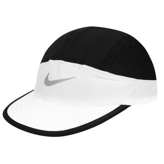 c4c906b9cb17f Boné Nike Tailwind - Compre Agora