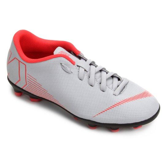 59b3efb89 Chuteira Campo Infantil Nike Mercurial Vapor 12 Club - Cinza e Preto ...