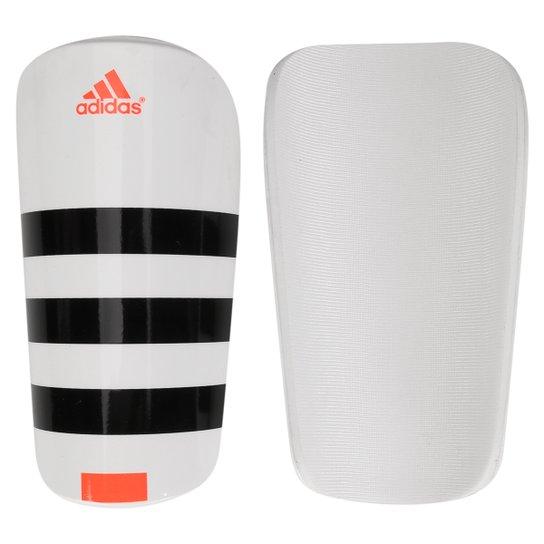 856efd5ffb Caneleira Futebol Adidas Everlesto - Branco e Preto - Compre Agora ...