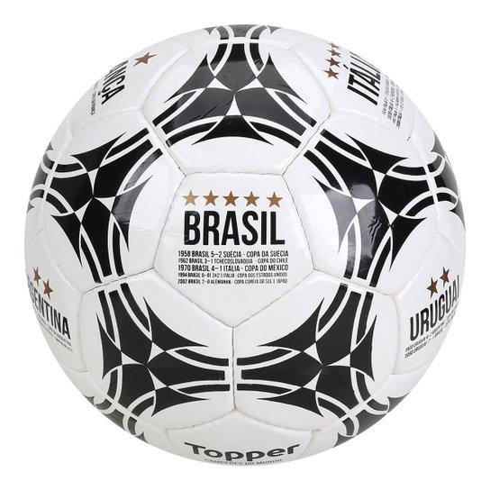 cbec8f462f8d2 Bola de Futebol Campo Topper Campeões do Mundo - Branco e Preto ...