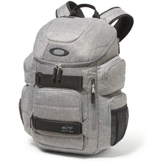 Mochila Oakley Enduro 2.0 30L - Compre Agora  28e6acb2ce5