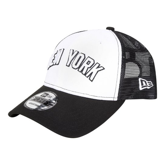 7b3b998f46054 Boné New Era MLB New York Yankees Aba Curva 940 Sn Trucker - Branco+Preto