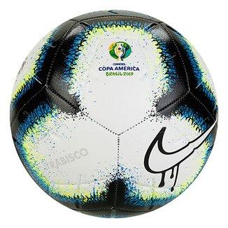 f71dbf3d94b5e Bola Futebol Campo Nike Rabisco Conmebol Copa América 2019 Strike