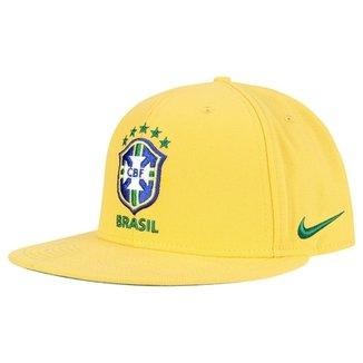 Boné Nike Seleção Brasil Aba Reta Core Masculino f2efb4492c0