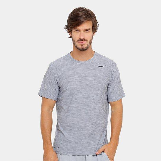 Camiseta Nike Breathe SS Dry Masculina - Prata e Preto - Compre ... a8d672e1fc847