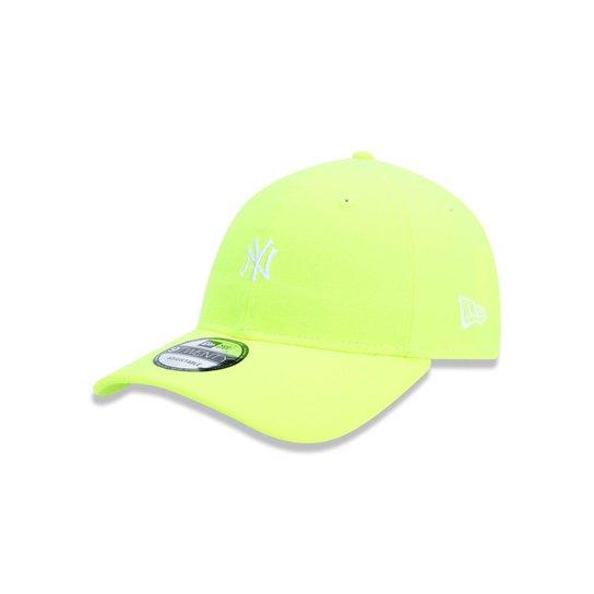 Boné 920 New York Yankees MLB Aba Curva New Era - Amarelo - Compre ... 5689dfe9e0da1