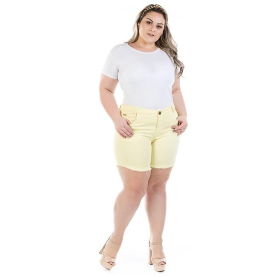 89c3cb23a Shorts Feminino Jeans Confidencial Extra Médio Cintura Alta Plus Size -  Amarelo