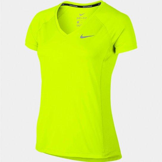 Camiseta Nike Dri-Fit Miler Feminina - Compre Agora  c4dde8e656ac1