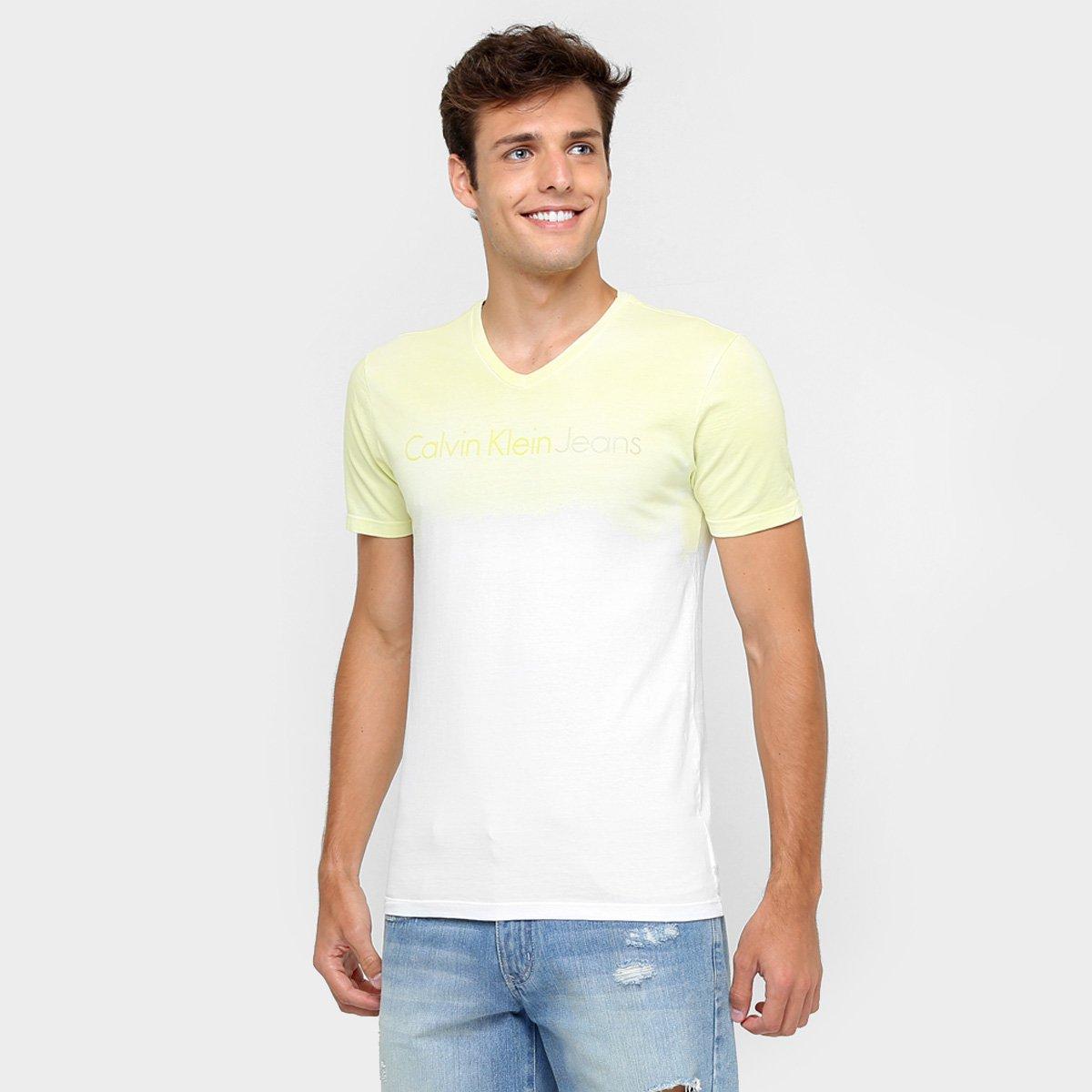 ed91c9b4567a15 Camiseta Calvin Klein Degradê