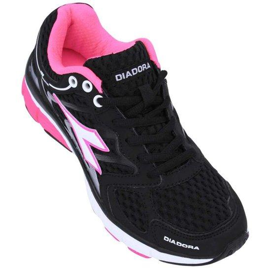 Tênis Diadora New Stratus Feminino - Preto e Rosa - Compre Agora ... 634e447a4f272