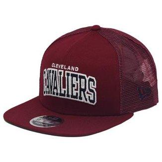 Boné New Era Aba Reta Snapback Nba Cavaliers Trucker Sports bd5a5a88fcd