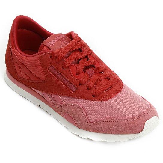 bd707d7473 Tênis Couro Reebok Classic Nylon Slim Candy Feminina - Vermelho e ...