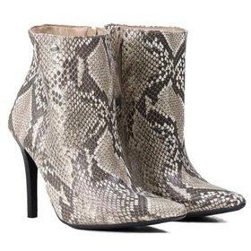 5a540cdf3e3160 Ankle Boot Luz da Lua Pelo Cervo Feminino - Preto   Netshoes
