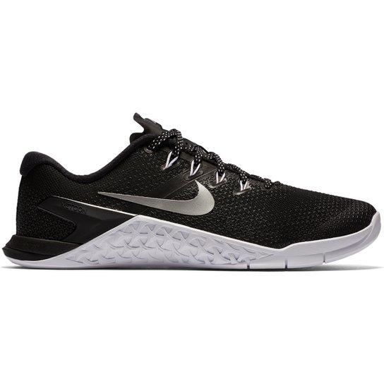 ac967aebb01 Tênis Nike Metcon 4 Feminino - Preto e Prata - Compre Agora