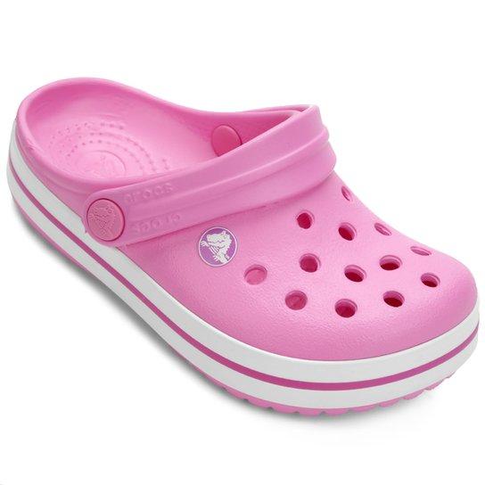 91d78fa682e Sandália Crocs Infantil Crocband - Pink e Branco - Compre Agora ...