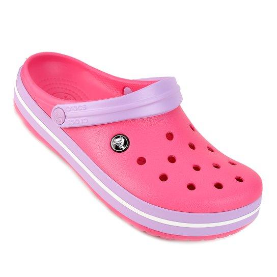 60229f0f634 Sandália Crocs Crocband - Pink e Branco - Compre Agora