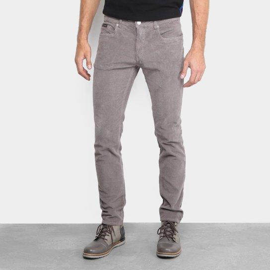 Calça Skinny Calvin Klein Veludo Cotelê Masculina - Chumbo - Compre ... 6b3df4c4b616f