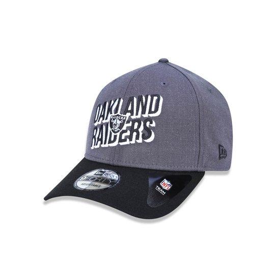 bd9298f8c Boné 940 Oakland Raiders NFL Aba Curva Snapback New Era - Chumbo ...