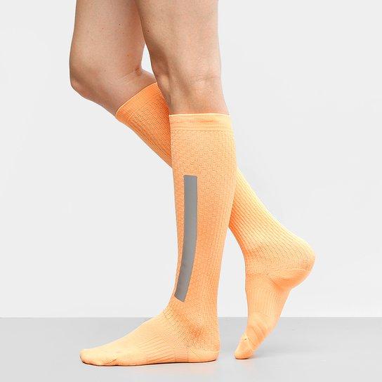 Meia Nike Cano Alto Elt Hi Otc Feminina - Compre Agora  addcd0d0443