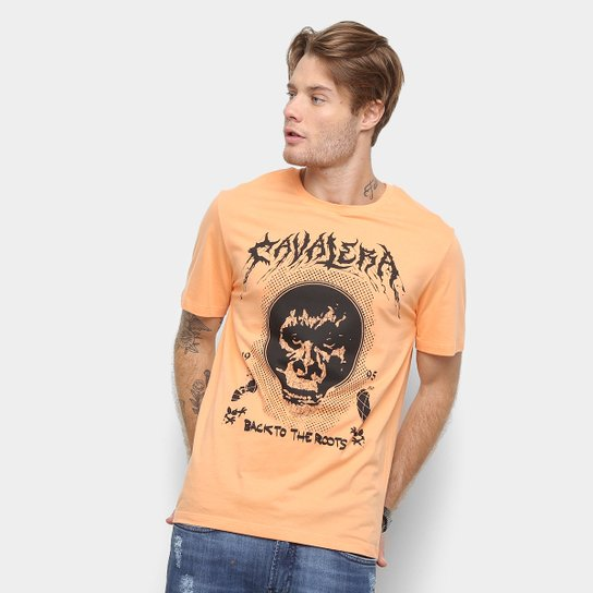 f6cefdd53c Camiseta Cavalera Back To The Roots Masculina - Laranja
