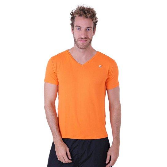 c8cef10ee4 Camiseta Líquido Gola V New Fit Masculina - Laranja