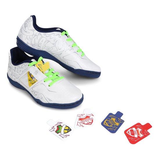 Chuteira Futsal Infantil Penalty Personalizável Freestyle Seleções -  Branco+Azul aeccb9daef2d3