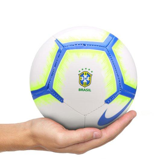 Mini Bola Futebol Brasil CBF Nike - Branco e Azul - Compre Agora ... ef10932b5a58c