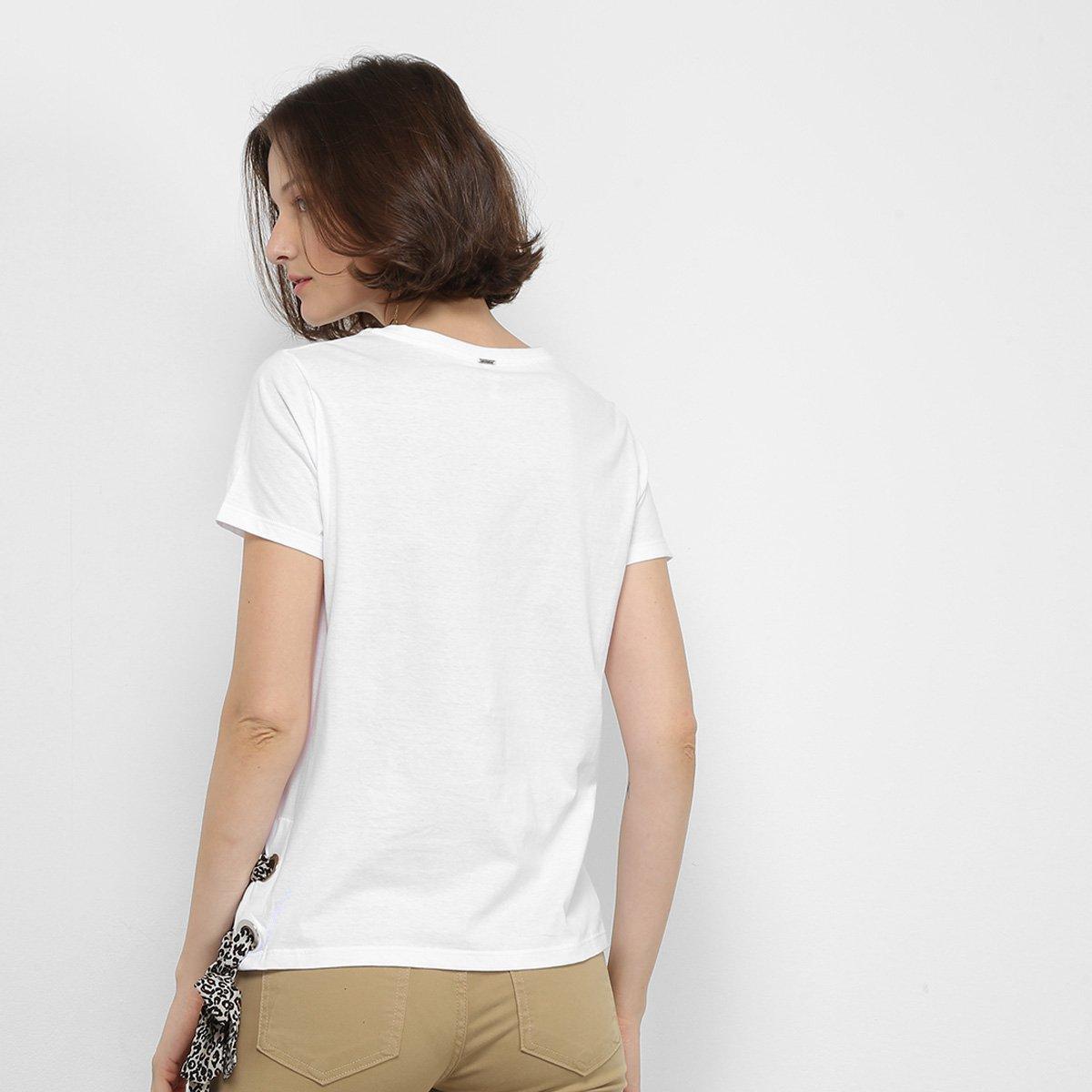 Foto 2 - Camiseta Lez Lez Estampada Lenço Feminina