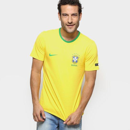 9dfcebcd05 Camiseta Seleção Brasil Nike Crest Masculina - Amarelo e Verde ...