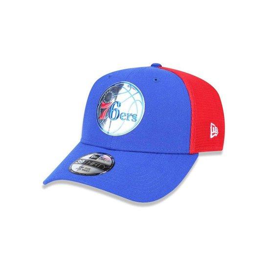 537990085 Bone 3930 New Era Philadelphia 76ers NBA Aba Curva - Azul Royal+Vermelho