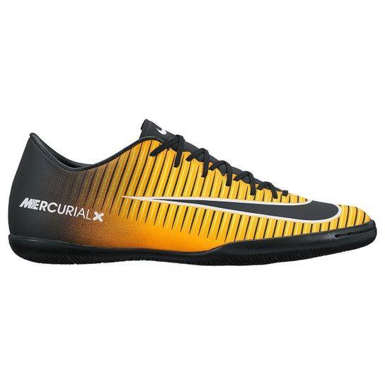 Chuteira Futsal Nike Mercurial Victory 6 IC - Preto e Laranja ... 3570ba4981d1a