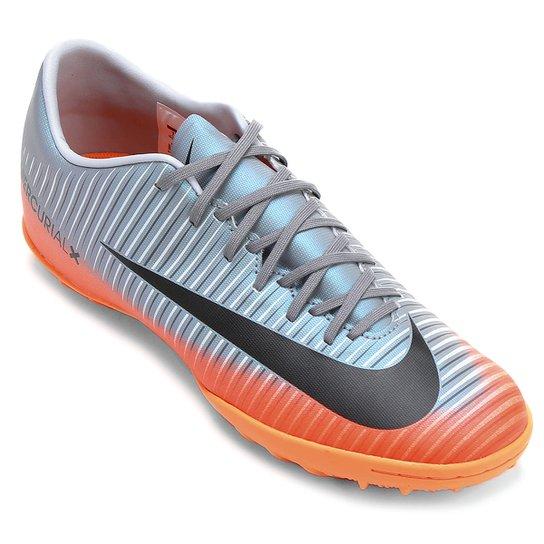 086b534723 Chuteira Society Nike Mercurial X Victory 6 CR7 TF - Cinza e Laranja ...