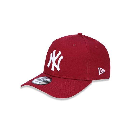 Boné 940 New York Yankees MLB Aba Curva Snapback New Era - Vermelho Escuro ed0c262b9b6e8