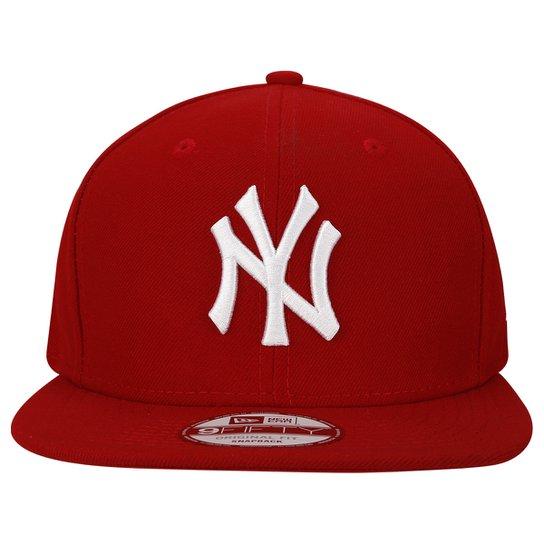 7ab88b06ae742 Boné New Era 950 New York Yankees - Vermelho e Branco - Compre Agora ...