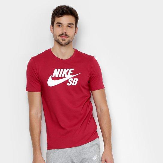 17769b7395 Camiseta Nike Sb Logo Masculina - Vermelho e Branco - Compre Agora ...