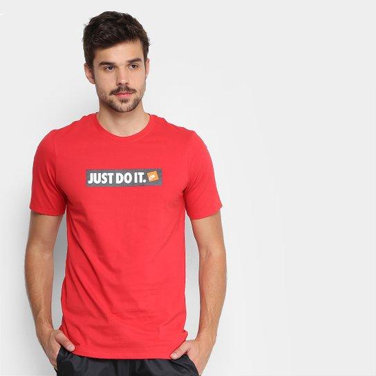 Camiseta Nike Nsw HBR Masculina - Vermelho e Branco - Compre Agora ... 7e9d03233eeea