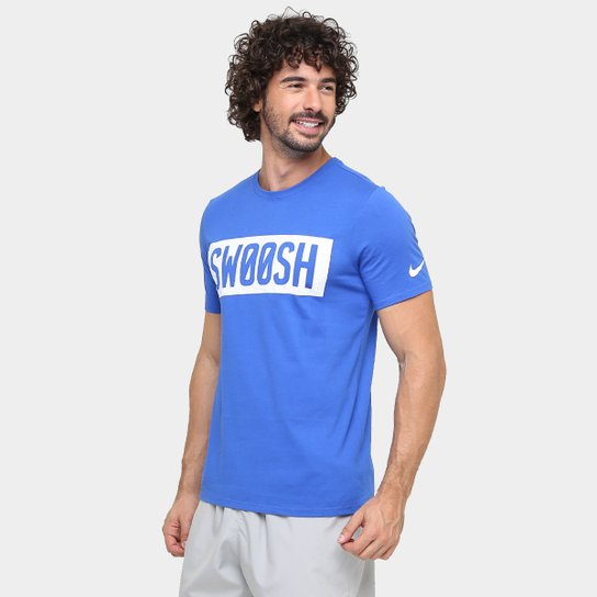 4d10d382d6 Camiseta Nike Swoosh Block Masculina - Compre Agora
