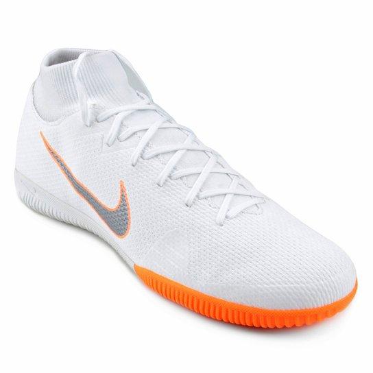 a8d330b1822 Chuteira Futsal Nike Mercurial Superfly 6 Academy - Branco e Cinza ...