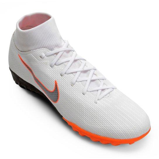 5e4d940088 Chuteira Society Nike Mercurial Superfly 6 Academy - Branco e Cinza ...